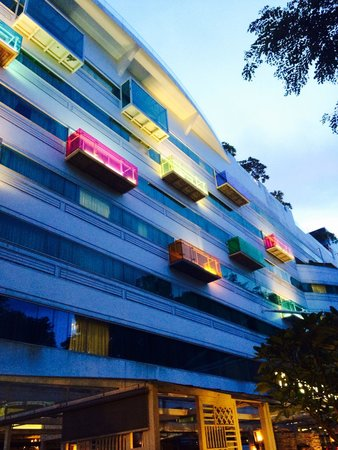 Village Hotel Changi by Far East Hospitality: Facciata