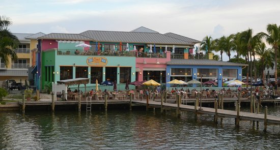 Nervous Nellie's Ft Myers Beach: View from fishing pier.