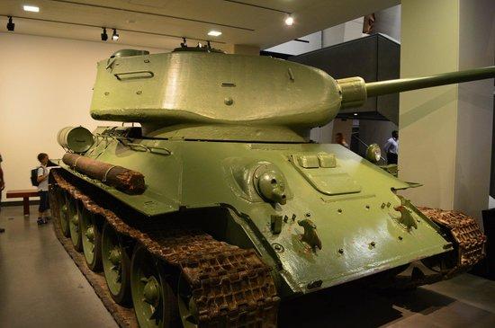 Museo Imperial de la Guerra: A T34 Russian tank