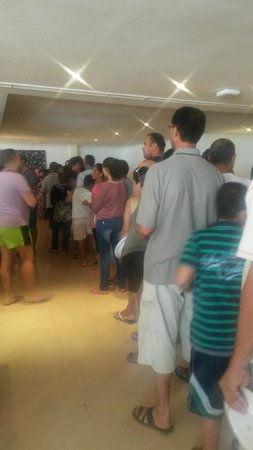 Hotel El Fell : la queue au restaurant