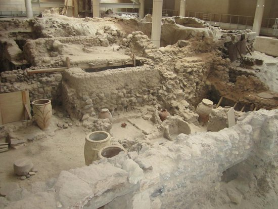 Akrotiri Archaeological Site: Akrotiri