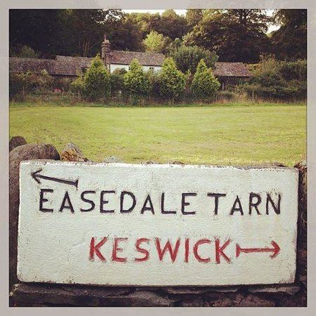 Easedale Tarn: The sign from the village of Grasmere