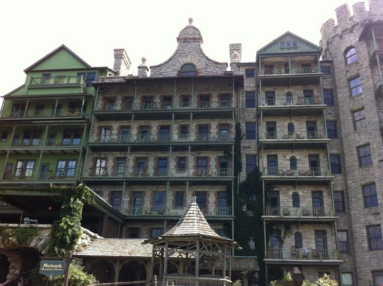 "Mohonk Mountain House: Original ""Goth"""