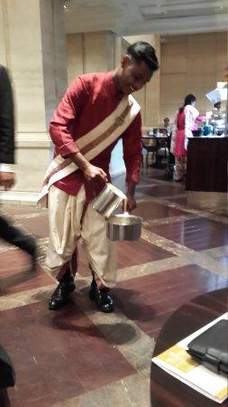ITC Grand Chola, Chennai: South Indian coffee