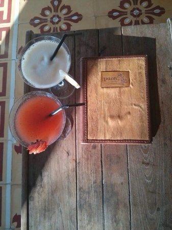 Paon Doeloe Restaurant : Best cocktails - happy hour 4pm-6pm