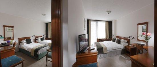 Kompas Hotel Bled: Adjoning rooms