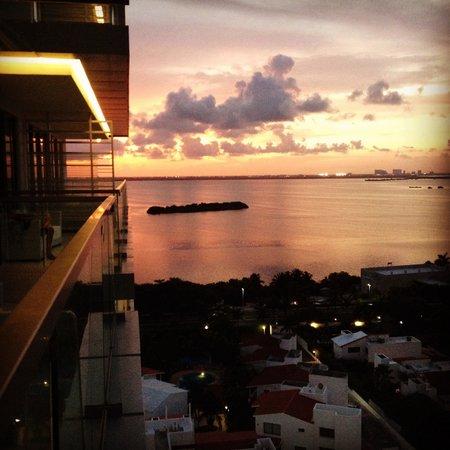 Secrets The Vine Cancun Resort & Spa: Sunset view