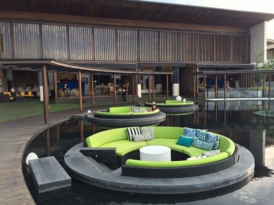 W Retreat Koh Samui: roof top bar