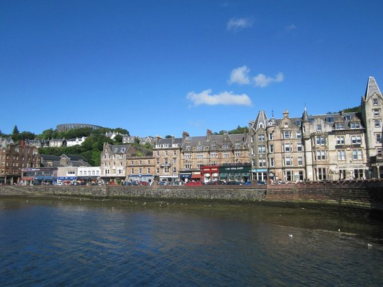 Barriemore Guest House: view of the city from the ferry landing