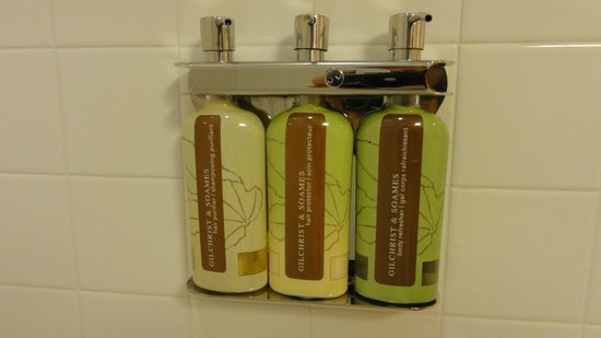 Orchard Garden Hotel : shampoo/conditioner/shower gel