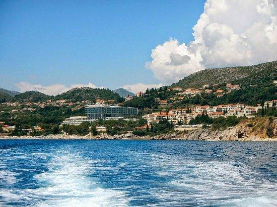 Sun Gardens Dubrovnik: Water taxi to Dubrovnik