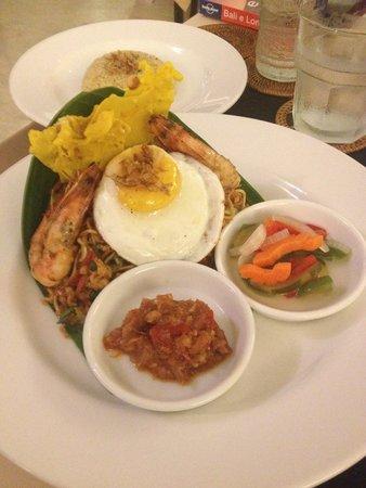 Plataran Ubud Hotel & Spa: Fried noodles