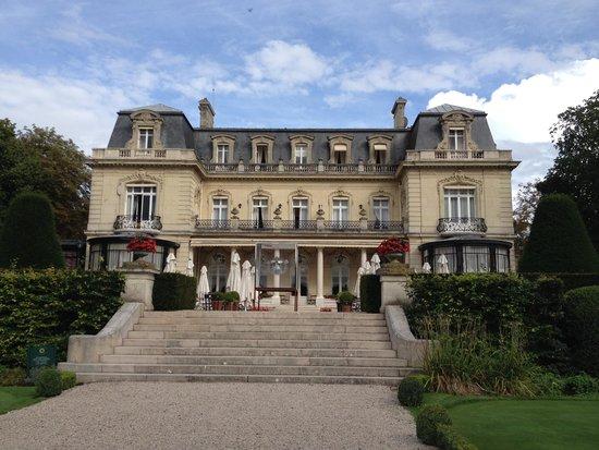 Château Les Crayeres : From the Garden