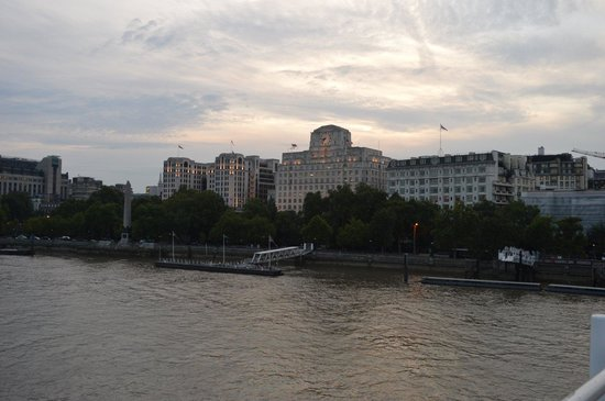 Waterloo Bridge: The north bank