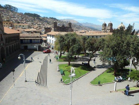Royal Inka I: vista desde mi balcón a la Plaza del Regocijo