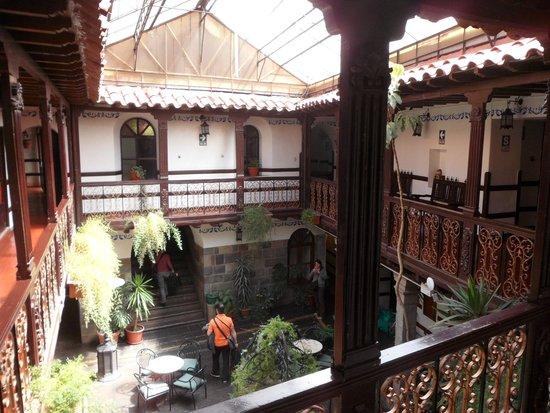 Royal Inka I: Uno de los patios internos