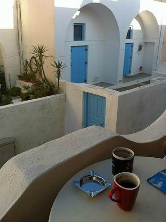 San Giorgio Villa: Morning coffee on patio