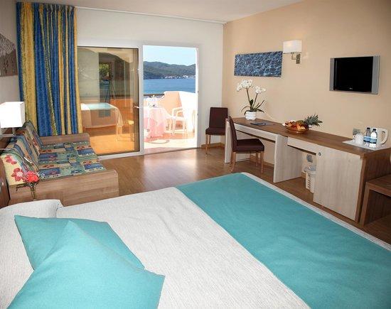 Invisa Hotel Club Cala Verde : Habitación