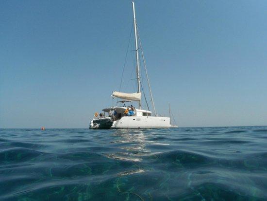 Santorini Sailing : boat