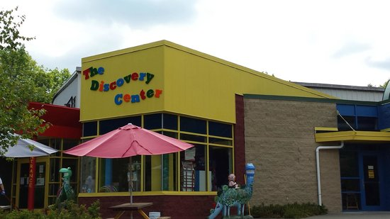 ‪The Discovery Center‬