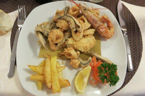 All'Orologio: gebackener Fisch und Meeresfrüchte