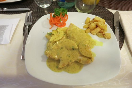 All'Orologio: Hühnchenfilet mit Currysauce
