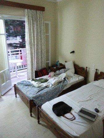 Family Inn : room 230, sorry for the mess :D