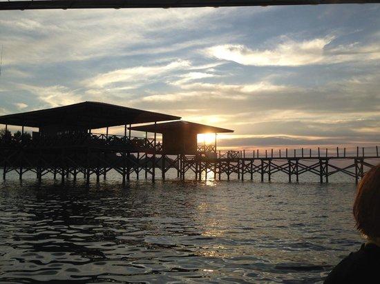 Mantanani Island: sunset near diving lounge