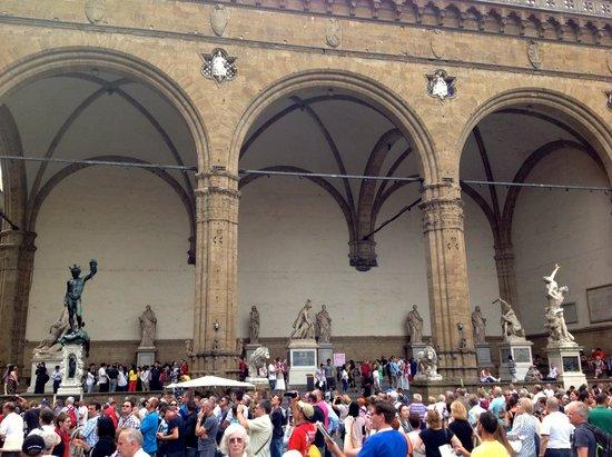Loggia dei Lanzi : Facing the Piazza della Signoria
