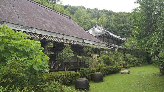 Hoshakuzenji Temple