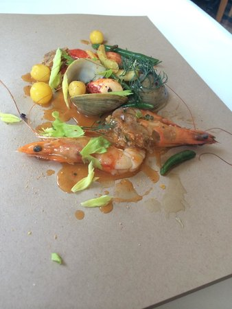 Eleven Madison Park : Lobster boil with clams, shrimp, and beans