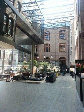 Conservatorium Hotel: Main Entrance / Lobby
