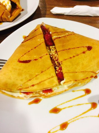 Crepe & Co Bar: Red Riding Hood