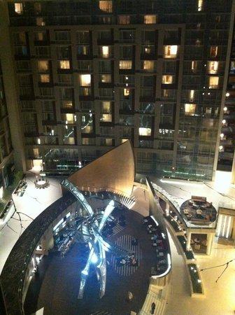 Marriott Marquis Washington, DC: Atrium at Night