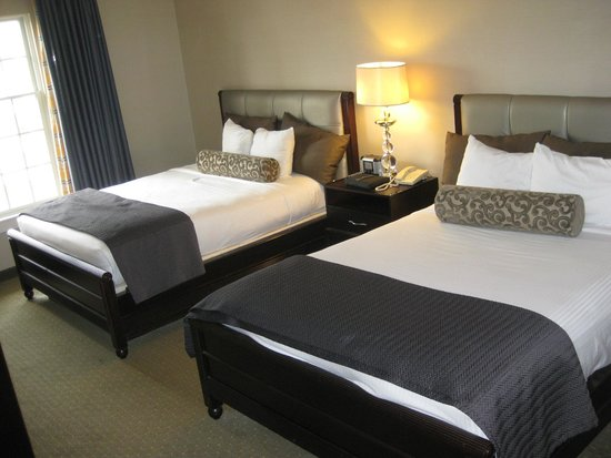 Gaylord Opryland Resort & Convention Center: 2 Queens