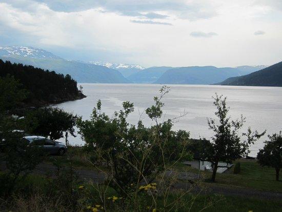 Dragsvik Fjordhotell: Blick in Richtung Gletscher