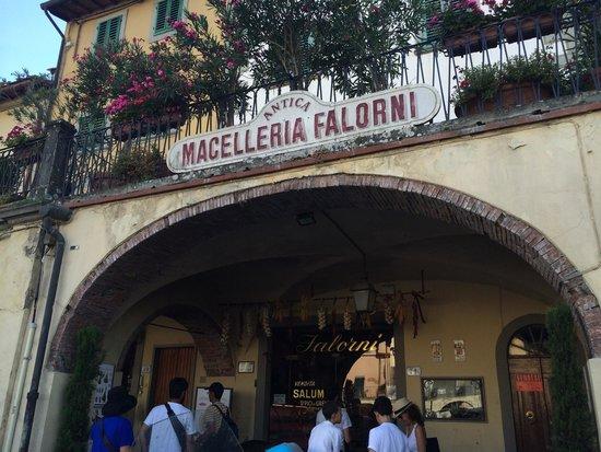 Antica Macelleria Falorni: Carnivore's paradise, herbavore's inferno