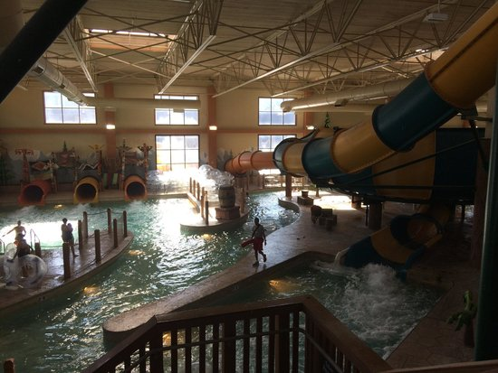 Great Wolf Lodge: More of the water park :)