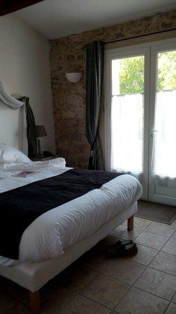 Hotel Dejeunez Sous L'Arbre : toujours la chambre