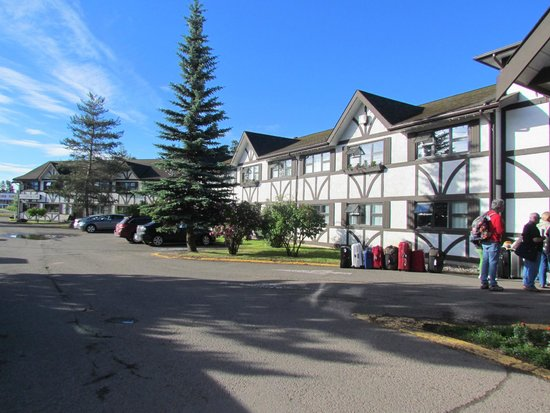 Prestige Hudson Bay Lodge: Lodge