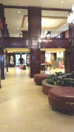 The Shores Resort & Spa: Nice Hotel enterance