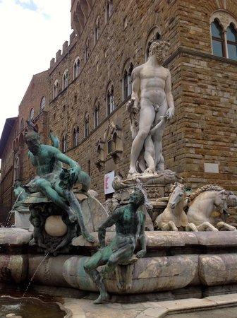 """Piazza della Signoria : """"Fountain of Neptune"""" 2"""