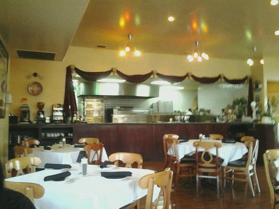 Troia's: Open kitchen, view from the dining floor.