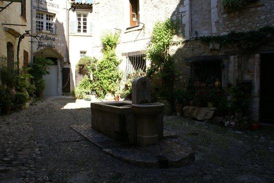 Saint-Paul de Vence : .