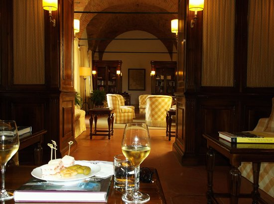 Castello Banfi - Il Borgo: the reading room