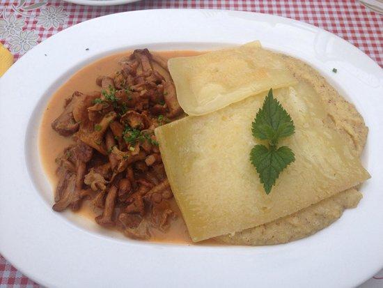 Ucia Picio Pre: polenta formaggio e finferli!