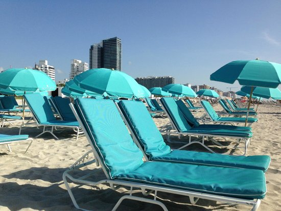 The Ritz-Carlton, South Beach: Chairs on the beach