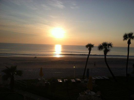 Perry's Ocean Edge Resort: Sunrise