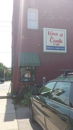 Kiss The Cook Cafe': The location on Taylor  (new location is in Sturtevant on Hwy11) - check it out!!