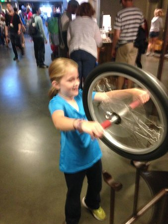The Exploratorium : Fun, hands-on stuff to do!